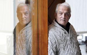 Valencia rinde homenaje a Pepe Sancho en medio de una guerra familiar