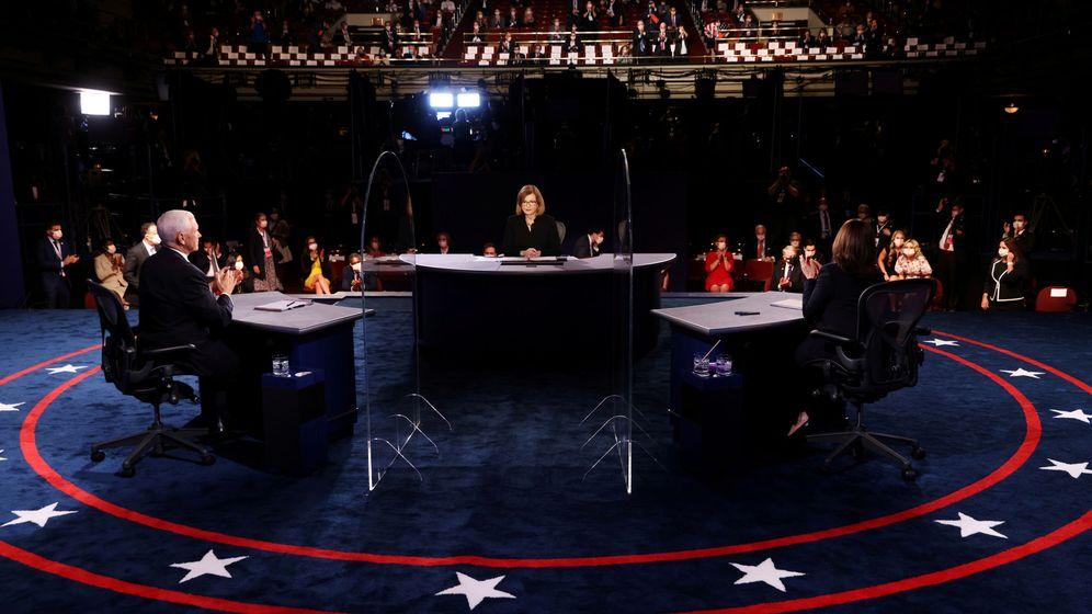 Foto: Mike Pence y Kamala Harris en el debate de este miércoles. (Reuters)