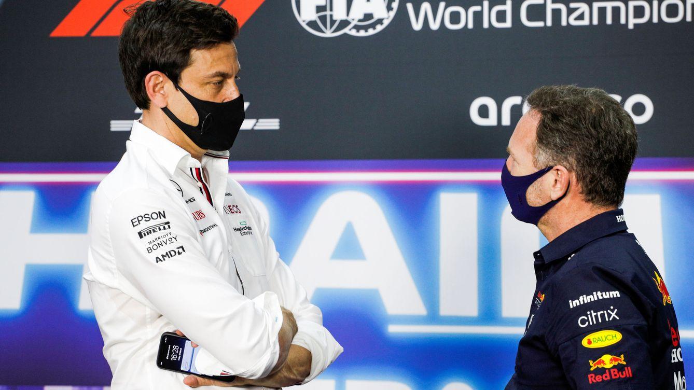 Mercedes, en su peor momento, mientras Horner le mete a Wolff el dedo en el ojo