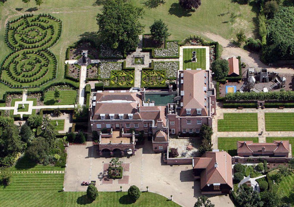 Foto: La mansión que los Beckham han vendido esta semana. (Vanity Fair)