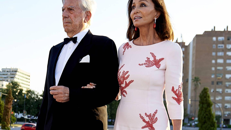 Mario Vargas Llosa e Isabel Preysler, en una imagen de archivo. (Getty)