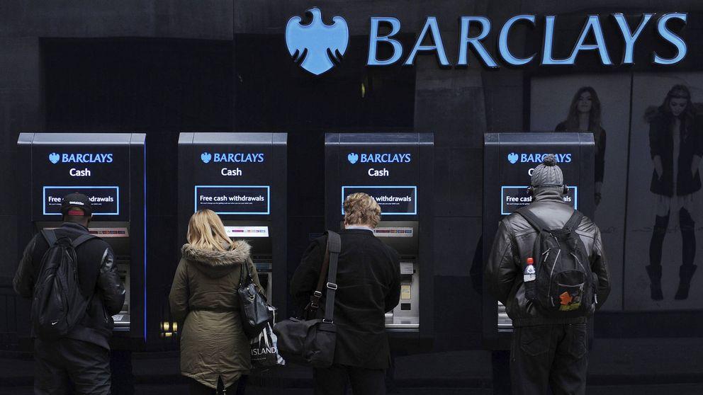 CaixaBank mete a Barclays en pérdidas en pleno ERE