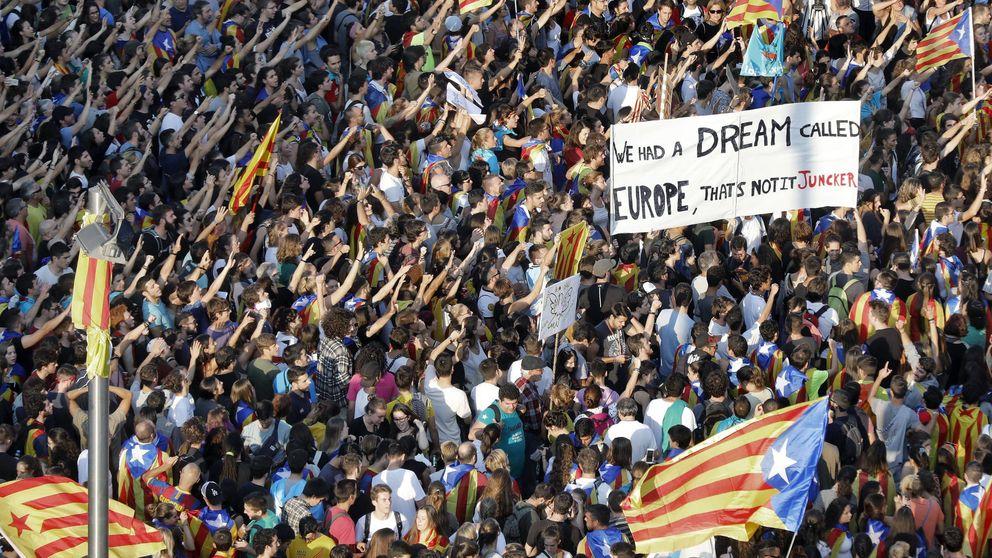 La huelga general fuerza aún más a Puigdemont a declarar la independencia