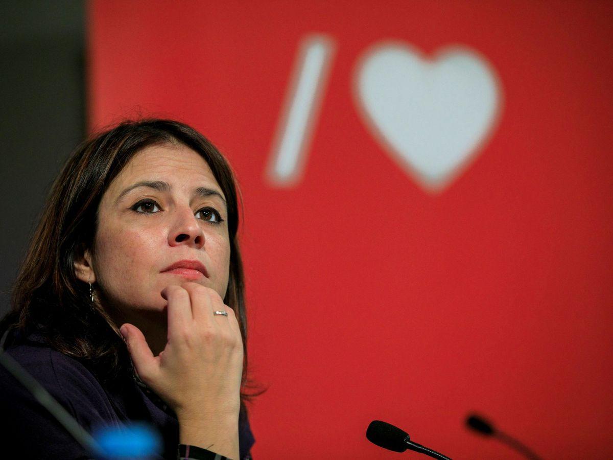 Foto: Adriana Lastra, vicesecretaria general del PSOE y portavoz parlamentaria, el pasado 27 de octubre en Laviana, Asturias. (EFE)