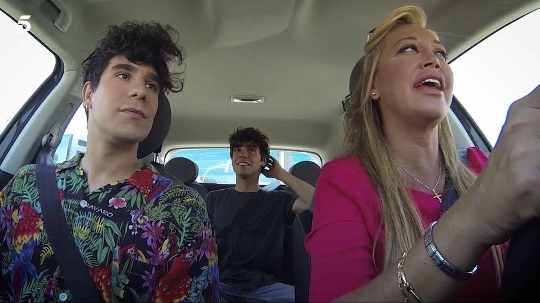Belén Esteban, junto a Los Javis en 'Belén a bordo'. (Mediaset)