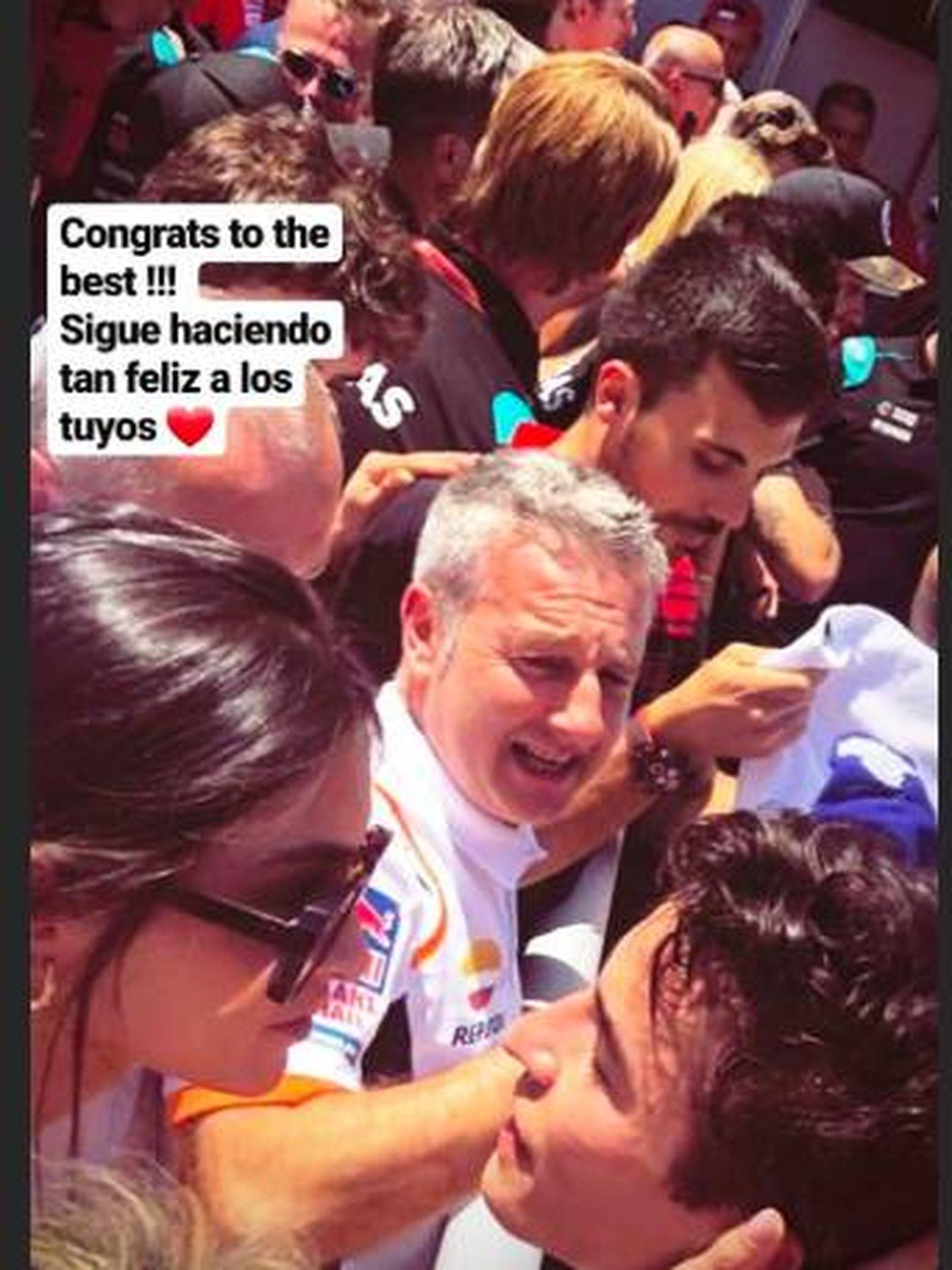 Un storie que Lucía ha subido donde vemos cómo felicita a Marc Márquez por su victoria. (Instagram)