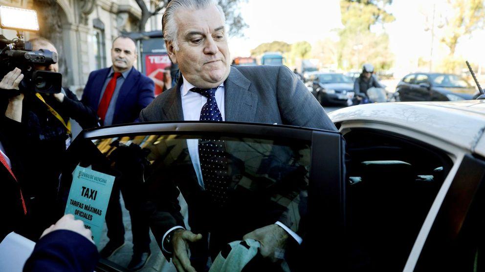 El juez halla el recibo del portátil que compró Interior para ver los SMS de Rajoy y Bárcenas