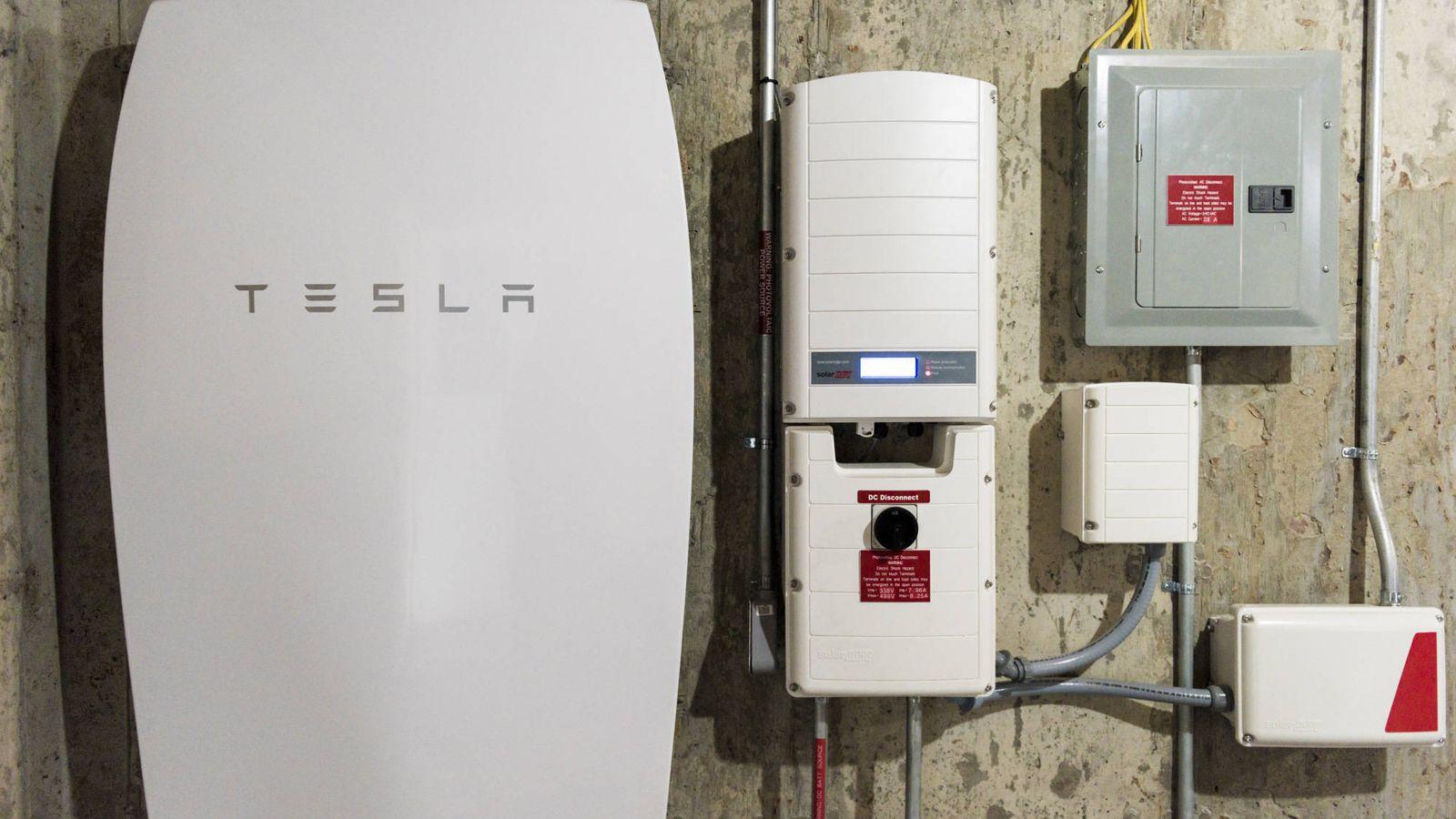 Factura De La Luz Tesla Nissan Y Solar Rocket Las