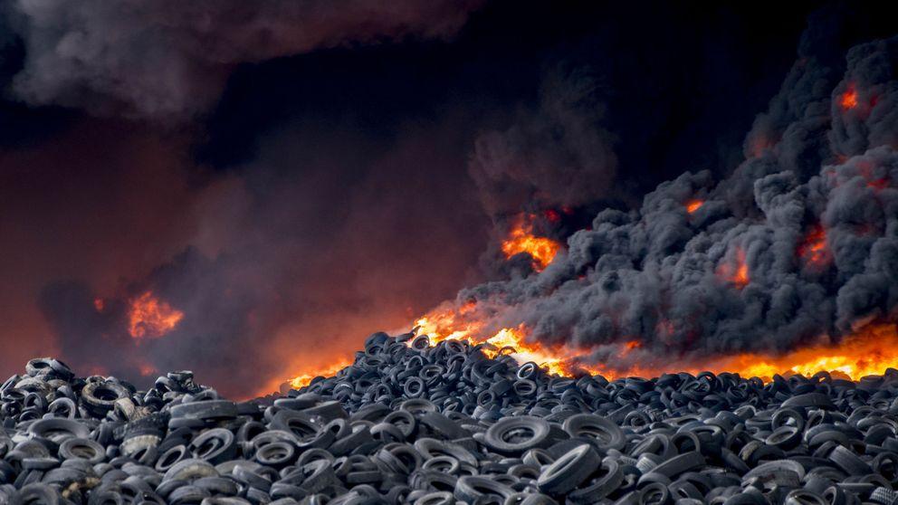 Nivel 2 por el incendio de neumáticos en Seseña: hidroaviones y Ejército listos