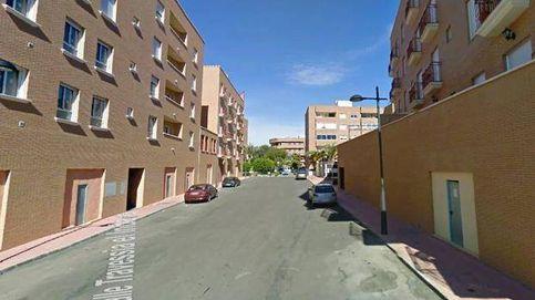 Cuatro heridos y 50 evacuados por un incendio en Cuevas de Almanzora (Almería)