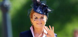 Post de Dolce, McQueen... Sarah Ferguson lleva su peculiar estilo a la alta costura