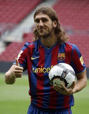 Rosell pide un crédito para pagar la nómina de los futbolistas del Barça