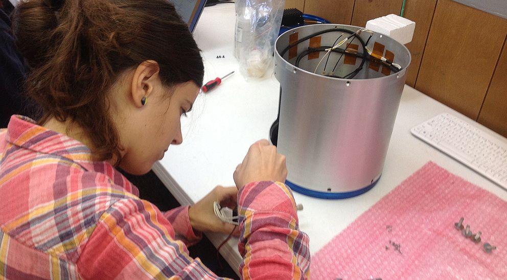Foto: La estudiante catalana que envía sus experimentos al espacio con la NASA