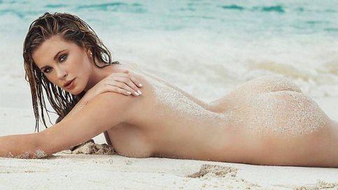 La hija de Kim Basinger, desnuda cual sirena recién salida del mar