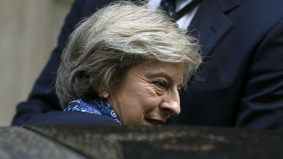 La libra rebota después de que May acepte debatir el Brexit con el parlamento