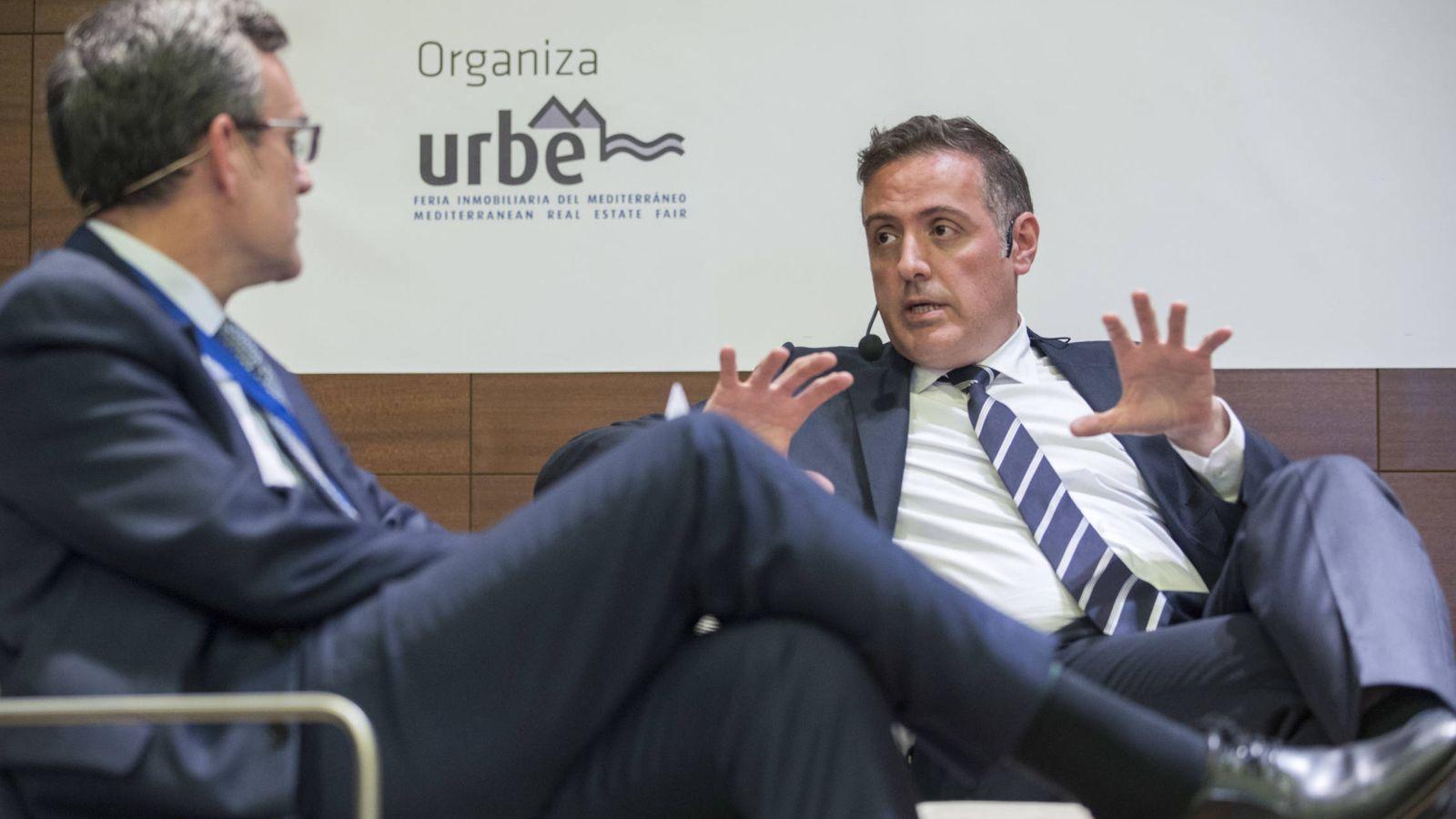 Foto: David Martínez (d), CEO de Aedas Homes.