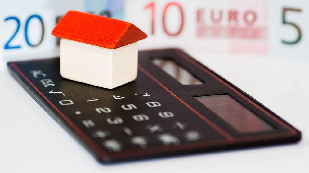 Foto: La OCU insta a reclamar la devolución de los gastos hipotecarios por cláusulas suelo