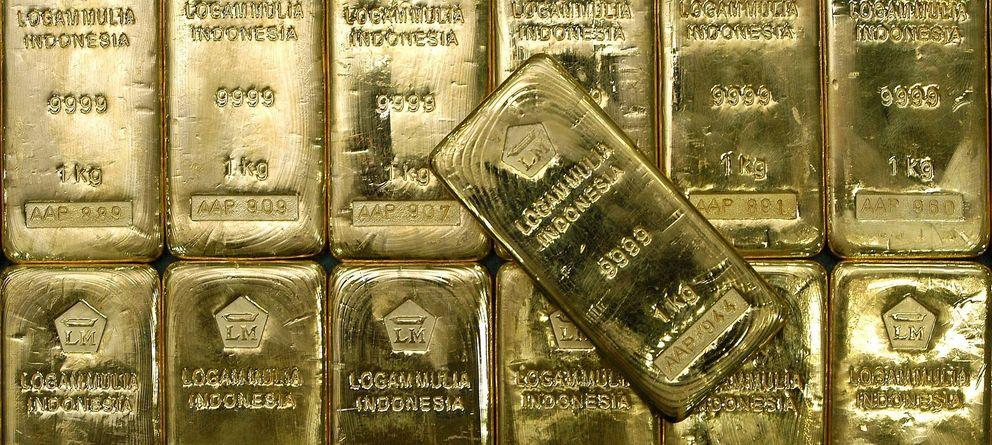El oro se arruga hasta el precio más bajo desde 2010 ante el acelerón del dólar