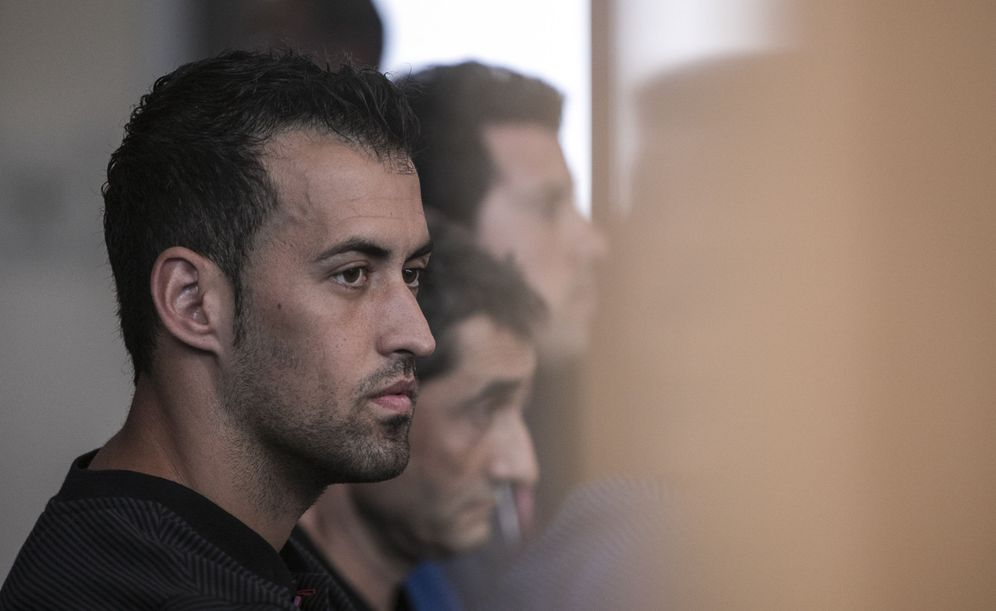 Foto: Sergi Busquets, durante una rueda de prensa. (EFE)