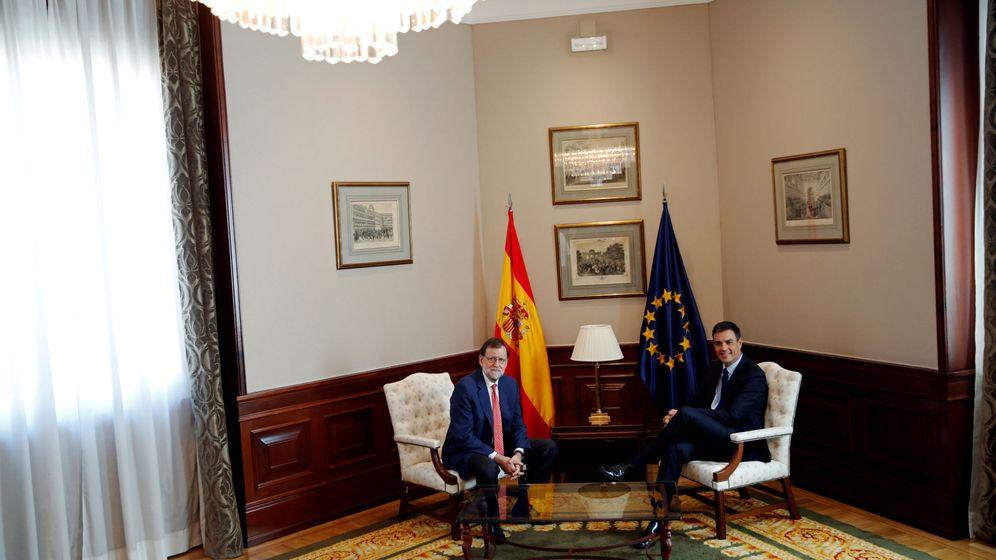 Foto: Rajoy reunido con Sánchez (Reuters)