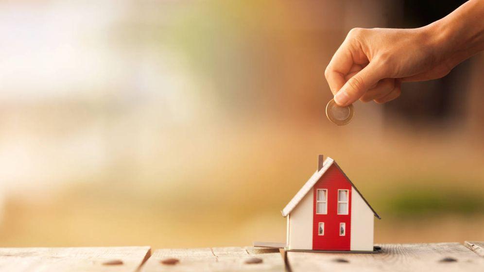 Foto: ¿Revisas tu hipoteca en septiembre? Te libras de la subida de la cuota un año más. (Foto: iStock)