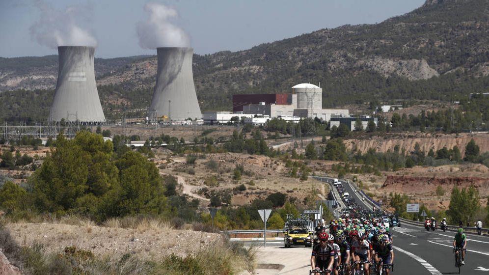 Foto: La central nuclear de Cofrentes cierra en 2030 y Cobra e Iberdrola barajan plantas solares en la zona con casi su misma potencia. (EFE)