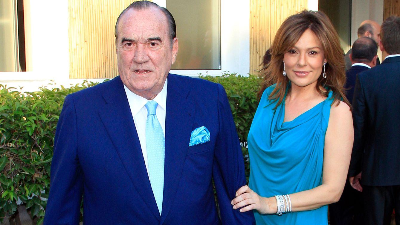 Nuria González celebra su aniversario de boda con Fefé por partida doble