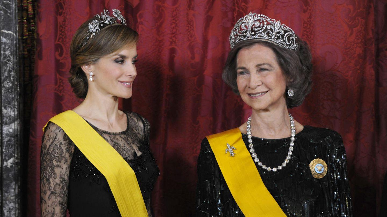 La Reina Letizia y Doña Sofía en una imagen de archivo (Gtres)