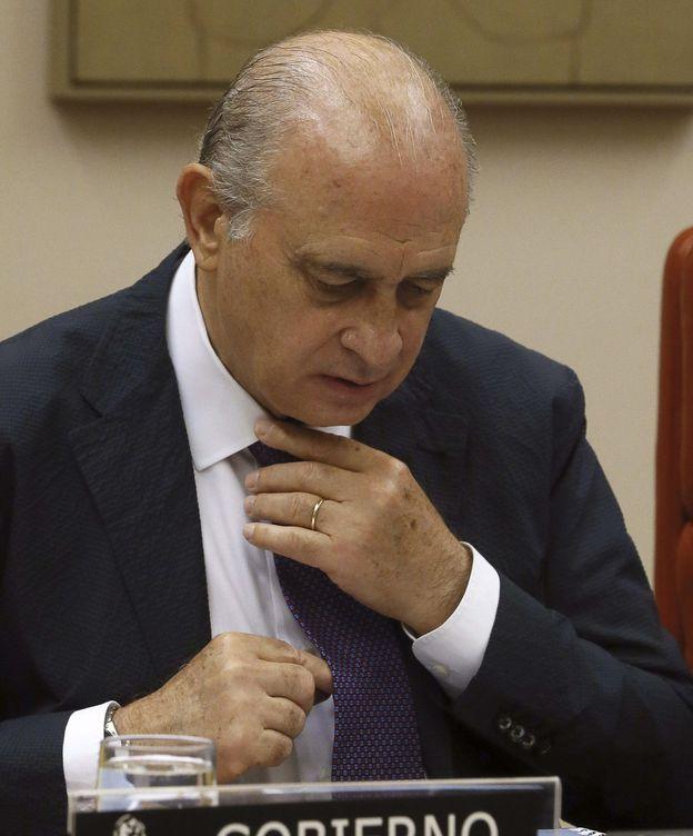 Foto: El ministro Jorge Fernández Díaz durante su comparecencia. (EFE)