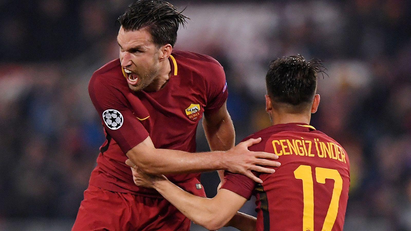 Foto: Jugadores de la Roma celebrando un gol. (Reuters)