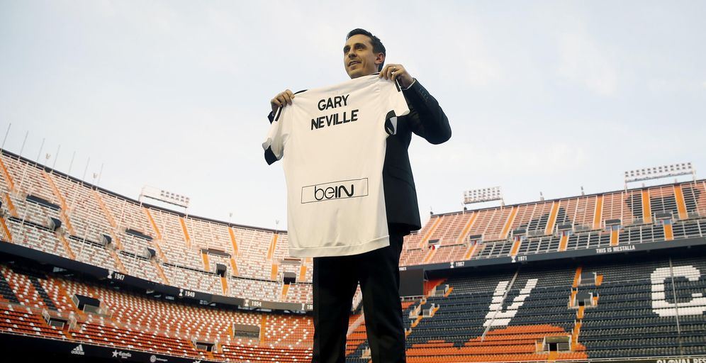 Foto: Gary Neville, durante su presentación como nuevo entrenador del Valencia (EFE)
