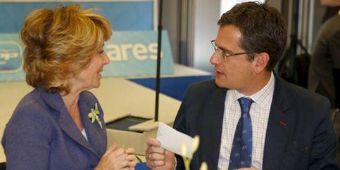 Aguirre coincide con Basagoiti en que no hay que romper el pacto con el PSOE