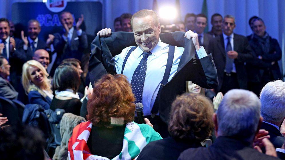 Foto: El expresidente italiano durante una reunión con dirigentes locales del partido, en Roma, el pasado 16 de octubre. (EFE/Alessandro Di Meo)