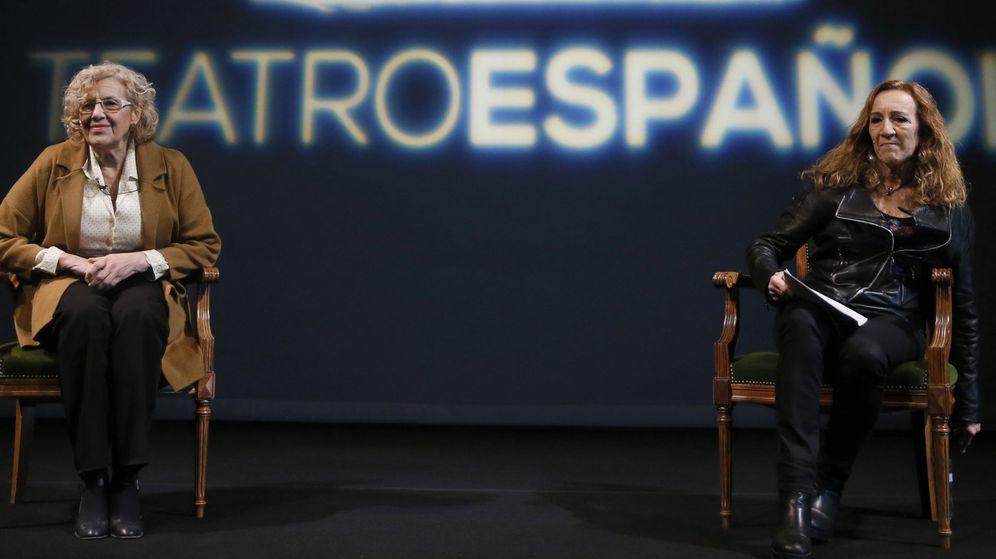 Foto: La alcaldesa de Madrid, Manuela Carmena, durante la presentación de la programación del Teatro Español. (EFE)