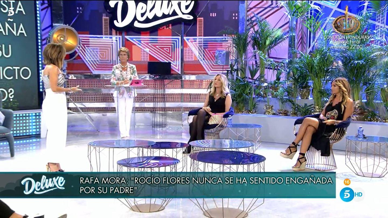 María Patiño y Marta López, en el 'Deluxe'. (Mediaset)