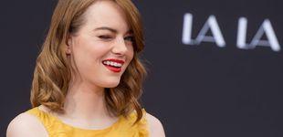 Post de Sonrisas y anillazo: Emma Stone anuncia su compromiso en Instagram
