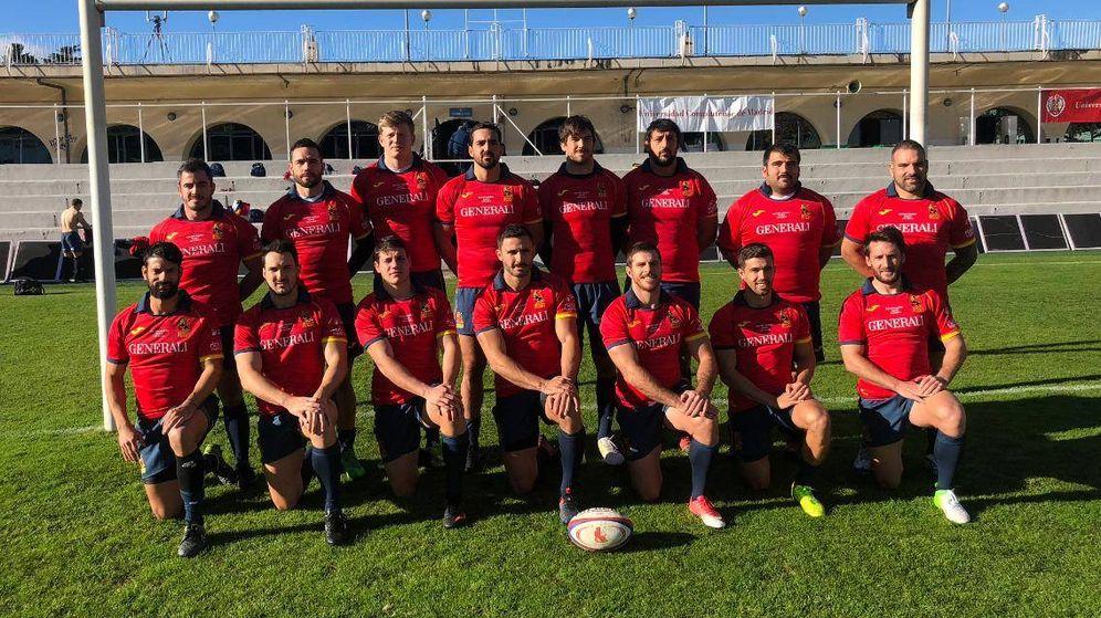 Foto: El XV de España para el partido contra Samoa en el Central de la Universidad Complutense. (Foto: Ferugby)