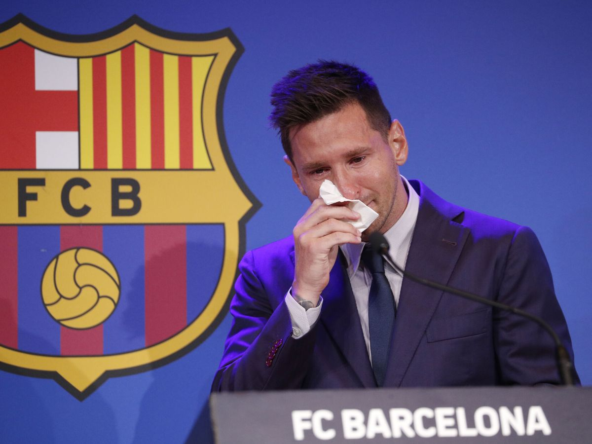 Foto: Messi rompe a llorar en su despedida. (Reuters)