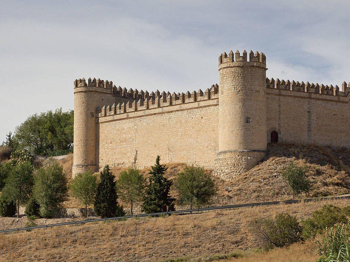 Foto: Exterior del castillo de la Vela. (Carlos Delgado/C.C.)