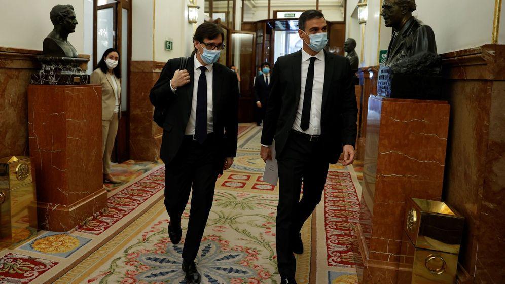 Foto: Pedro Sánchez y el ministro de Sanidad, Salvador Illa. (EFE)