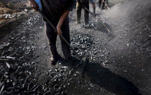 Las eléctricas advierten de una subida de la luz del 8% en caso de que se prime el carbón nacional