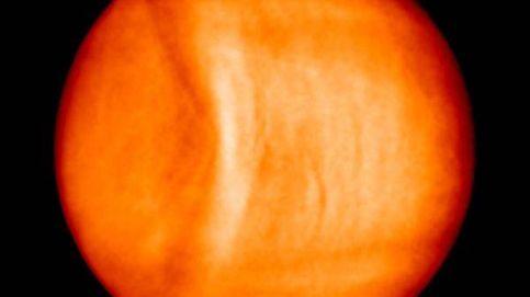 Hallan un gran arco de 10.000 kilómetros sobre la atmósfera de Venus