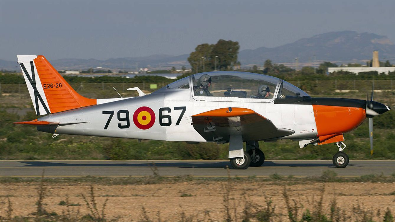 Un biplaza de hélice con 25 años: así es el avión Tamiz del Ejército estrellado en Murcia