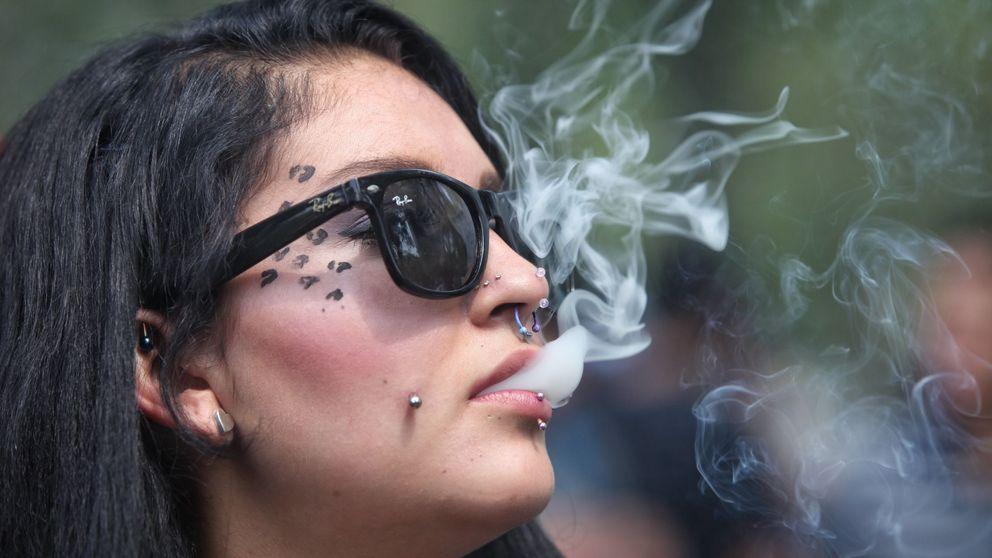 Si fumas marihuana, no des el pecho a tu bebé en una semana
