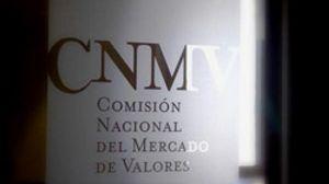 El Consejo de Ministros estudiará hoy cambios normativos para que la CNMV supervise las agencias de rating