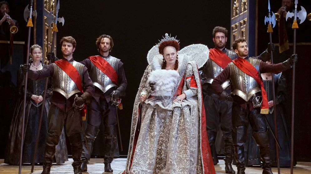 Foto: Una imagen del montaje de 'Gloriana' de Benjamin Britten en el Teatro Real. (Ana Caterina Antonacci)