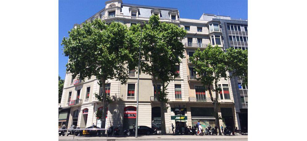 Foto: El edificio de tres plantas en Pg. de Gràcia 18. (EC)