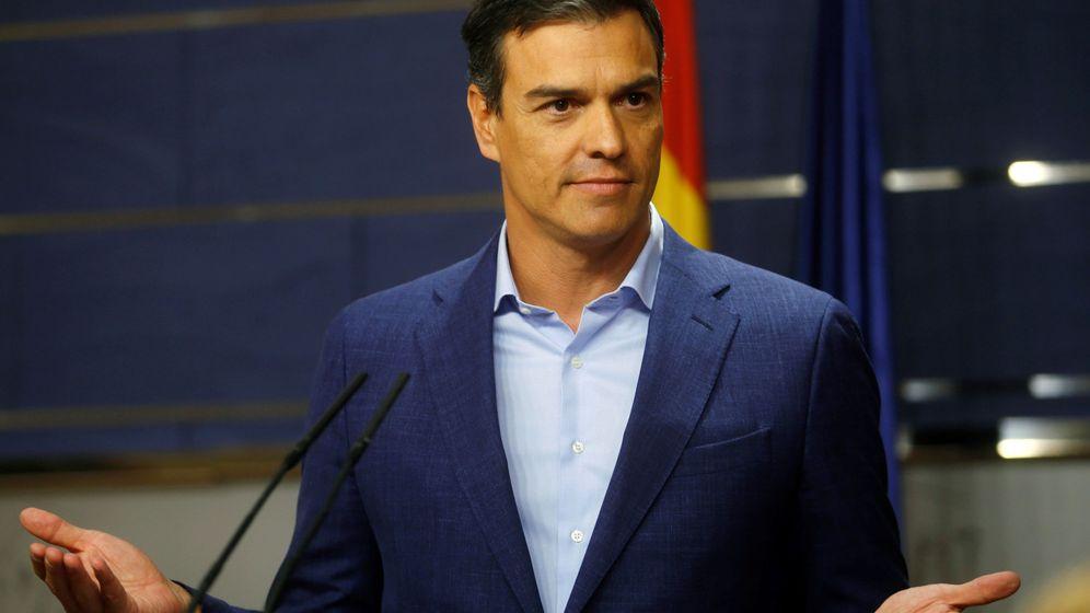 Foto: Pedro Sánchez, secretario general del PSOE, durante una rueda de prensa. (Reuters)