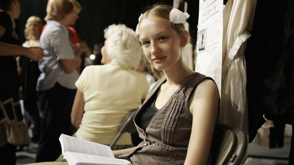 Foto: La London Fashion Week también es un buen sitio para leer. (Getty)
