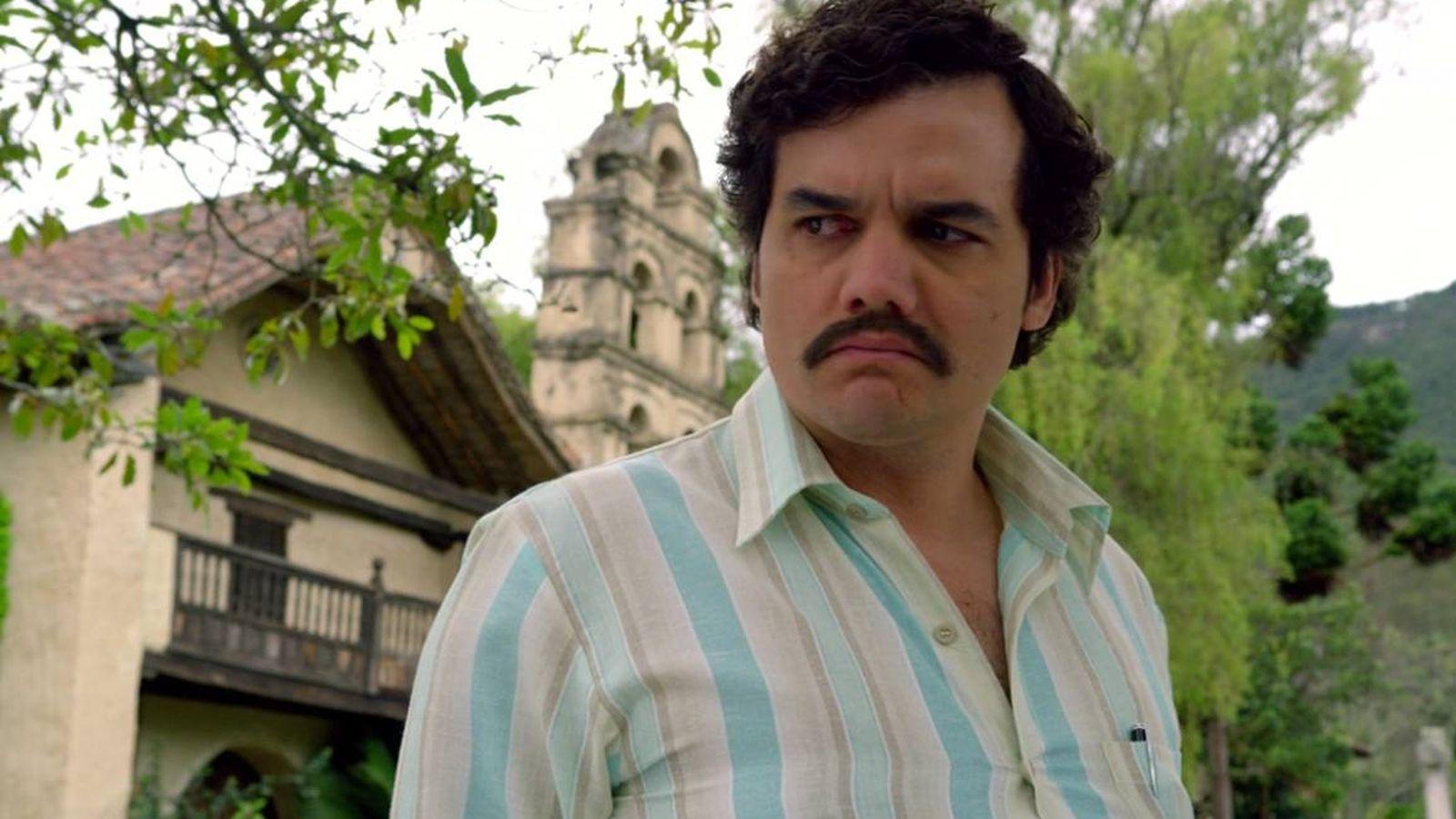 """Foto: Al Pablo Escobar de 'Narcos' no se le cae de la boca el """"hijueputa""""."""